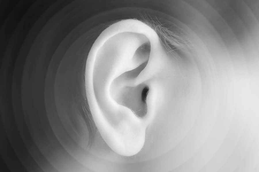 fülzúgás és fogyás